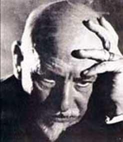 TEMA D'ITALIANO - Luigi Pirandello