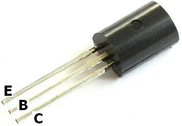 Transistor - Struttura atomica dei semiconduttori, La funzione delle impurità, Semiconduttori di tipo p e di tipo n, Funzionamento del transist